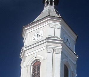 Rezolvarea ecuatiei ceasului solar la Biserica ortodoxa din Sant.